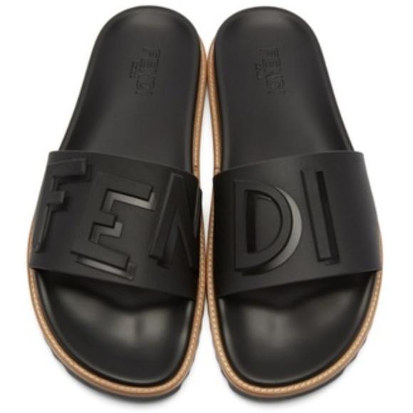 5e48a8ebefd5 Mens Rubber Black Fendi Vocabulary Slides Sandals